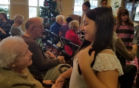 Laurelton Pardee School Visits Legacy at Cranberry Landing for a Christmas Concert